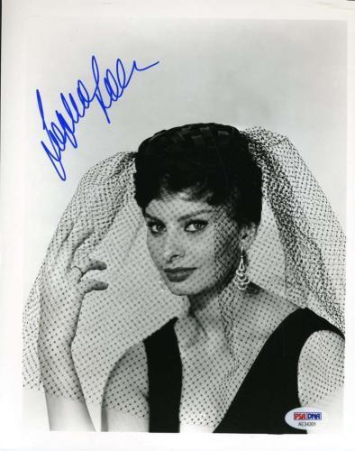 SOPHIA LOREN PSA DNA Coa Hand Signed Authentic 8x10 Photo Autograph