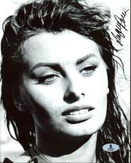 Sophia Loren Sexy Signed 8X10 Photo Autographed BAS #B03986