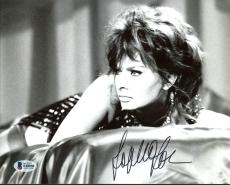 Sophia Loren Sexy Signed 8X10 Photo Autographed BAS #B18050