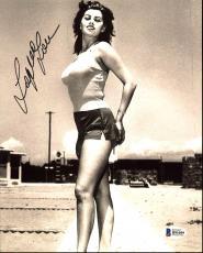 Sophia Loren Sexy Signed 8X10 Photo Autographed BAS #B91059