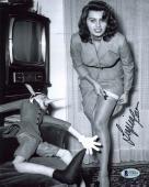 Sophia Loren Sexy Signed 8x10 Photo Autographed BAS #D78805