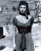 Sophia Loren Sexy Signed 8x10 Photo Autographed BAS #D78809