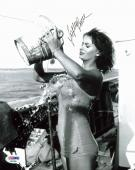 Sophia Loren Sexy Signed 8x10 Photo Autographed PSA/DNA #AA42565