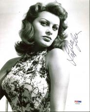Sophia Loren Sexy Signed 8X10 Photo Autographed PSA/DNA #AA82569