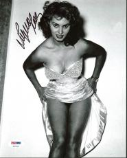 Sophia Loren Sexy Signed 8X10 Photo Autographed PSA/DNA #Z91512