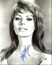 Sophia Loren Signed 8X10 Photo Autographed PSA/DNA #Z92182