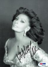 Sophia Loren Signed Authentic Autographed 5x7 Photo PSA/DNA #W98753