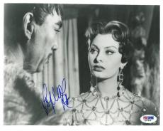 Sophia Loren Signed Authentic Autographed 8x10 Photo (PSA/DNA) #Q27806