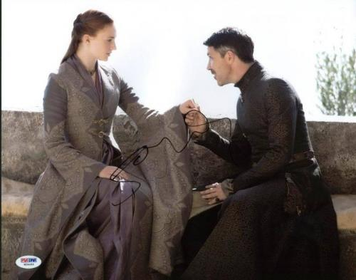 Sophie Turner Game Of Thrones Signed 11X14 Photo PSA/DNA #W24464