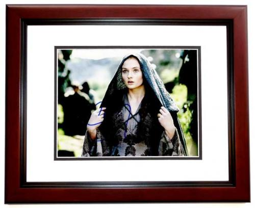 Sophie Turner Signed - Autographed Game of Thrones Actress 8x10 inch Photo MAHOGANY CUSTOM FRAME - Guaranteed to pass PSA or JSA - Sansa Stark