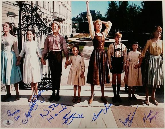 SOUND OF MUSIC Cast Signed 11x14 Photo (7) Autos Image #7 w/ Beckett BAS COA