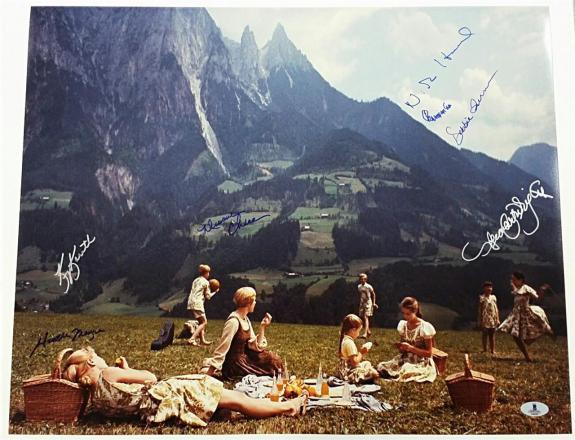 SOUND OF MUSIC Cast Signed 16x20 Photo (7) Image #2 Autos w/ Beckett BAS COA