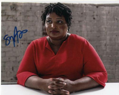 STACEY ABRAMS SIGNED AUTOGRAPHED 8x10 PHOTO - 2020, 2024 FUTURE PRESIDENT? RARE