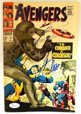 Stan Lee Autographed The Avengers Comic Book- JSA W 704460