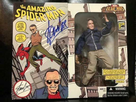 Stan Lee Hand Signed Comic Con Figurine    New In Box    Rare   Spider-man   Jsa