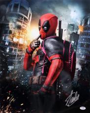 Stan Lee Signed Autographed Marvel Comics Deadpool 16x20 Photo Psa/dna Ac32220