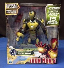 Stan Lee signed Iron Man 3 Sonic Blasting Iron Man  Figure PSADNA  #X08600