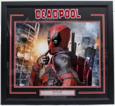 "Stan Lee Signed Marvel Comics ""deadpool"" Framed 16x20 Photo Psa/dna #ac32294"