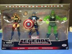 Stan Lee signed Marvel Legends Infinite Series  Figures PSADNA  #X72411