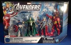 Stan Lee signed Marvel Original Avengers Figures PSADNA  #Y10282