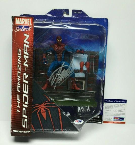 Stan Lee Signed Marvel Select The Amazing Spider-Man Action Figure PSA Y09484