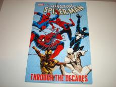Stan Lee Signed Marvel The Amazing Spider-Man Book PSA/DNA Through The Decades