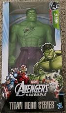 Stan Lee Signed Marvel The Incredible HULK 12'' Figure  W/ Stan Lee Hologram