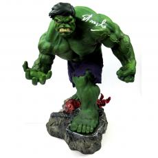 Stan Lee Signed Marvels The Incredible Hulk Sideshow Collectibles Premium Format Figure