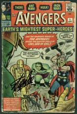 Stan Lee Signed The Avengers #1 Comic Book (1963) PSA/DNA #Z04187