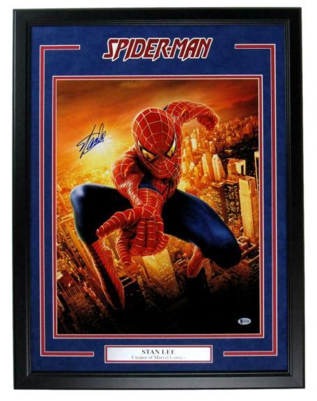Stan Lee Spiderman Signed 16x20 Photo Framed BAS/Beckett 148408