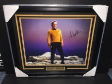 Star Trek William Shatner Captain Kirk Autographed Framed 16x20 Photo Jsa Coa