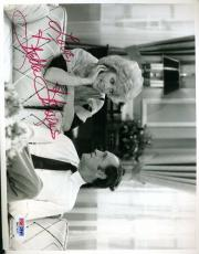 Stella Stevens Newhart Psa/dna Signed 7x9 Photo Authentic Autograph