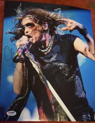 Steve Tyler Psa/dna Authenticated Signed 11x14 Photo Autograph