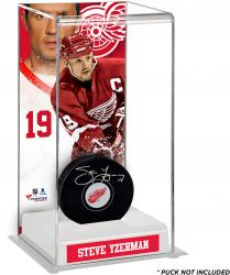 Steve Yzerman Detroit Red Wings Deluxe Tall Hockey Puck Case
