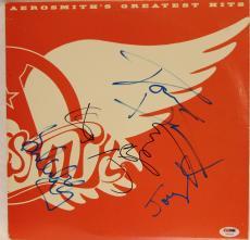 """STEVEN TYLER + 4 Signed """"Aerosmith's Greatest Hits"""" Album LP PSA/DNA #V07527"""