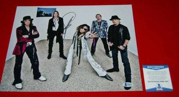 STEVEN TYLER Aerosmith signed PSA/DNA 11X14 Photo COA walk this way