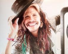 STEVEN TYLER (Aerosmith) signed/autographed 11x14 Photo-JSA P01721