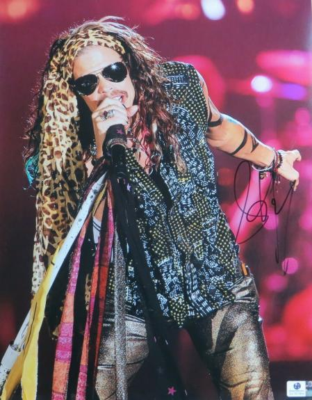 Steven Tyler Autographed 11X14 Photo Aerosmith Singing w/Glasses JSA U166641