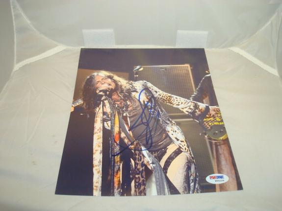 Steven Tyler Signed Aerosmith 8x10 Photo Autographed PSA/DNA COA 1A