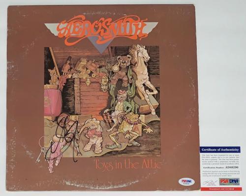 Steven Tyler Signed Aerosmith Toys In The Attic Record Album Psa Coa Ad48290