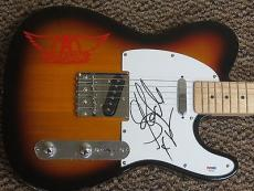 Steven Tyler Signed Full Size Electric Guitar Aerosmith Full Signature Psa Auto