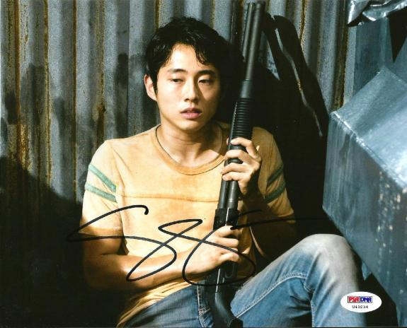 "Steven Yeun Glenn ""THE WALKING DEAD"" Signed 8x10 Photo PSA/DNA COA"