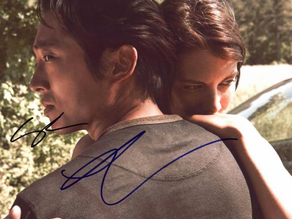 Steven Yeun & Lauren Cohan The Walking Dead Signed 8.5x11 Photo PSA/DNA #W60358
