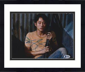 Steven Yeun Signed 8x10 Photo Walking Dead Beckett Bas Autograph Auto Coa J