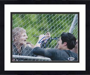 Steven Yeun Signed 8x10 Photo Walking Dead Beckett Bas Autograph Auto Coa K