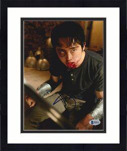 Steven Yeun Signed 8x10 Photo Walking Dead Beckett Bas Autograph Auto Coa M