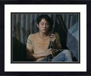 STEVEN YEUN SIGNED AUTOGRAPH 8x10 PHOTO - GLENN THE WALKING DEAD, MINARI STAR