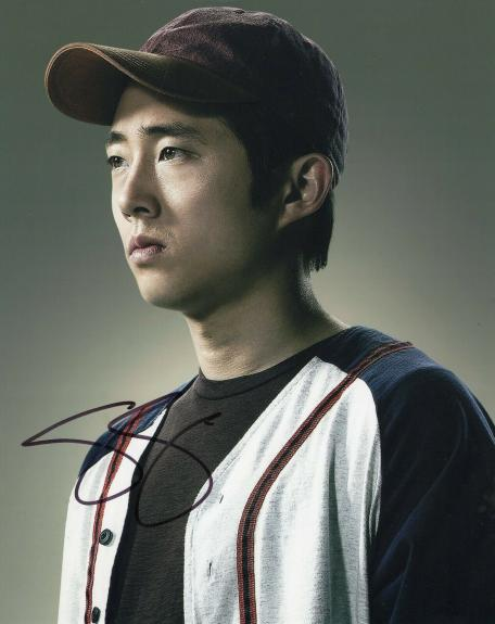 Steven Yeun Signed The Walking Dead 8x10 Photo w/COA TWD Glenn Rhee #1
