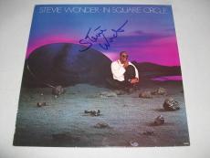 "STEVIE WONDER signed auto'd ""IN SQUARE CIRCLE"" LP RECORD PSA/DNA LOA! GRADE 10!"