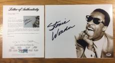STEVIE WONDER SIGNED AUTOGRAPHED 11x14 PHOTO SUPERSTITION PSA/DNA LOA #X01519